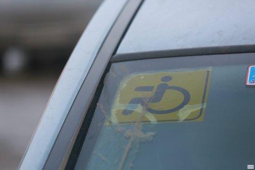 Инвалидам могут позволить самостоятельно готовиться к экзаменам в ГИБДД