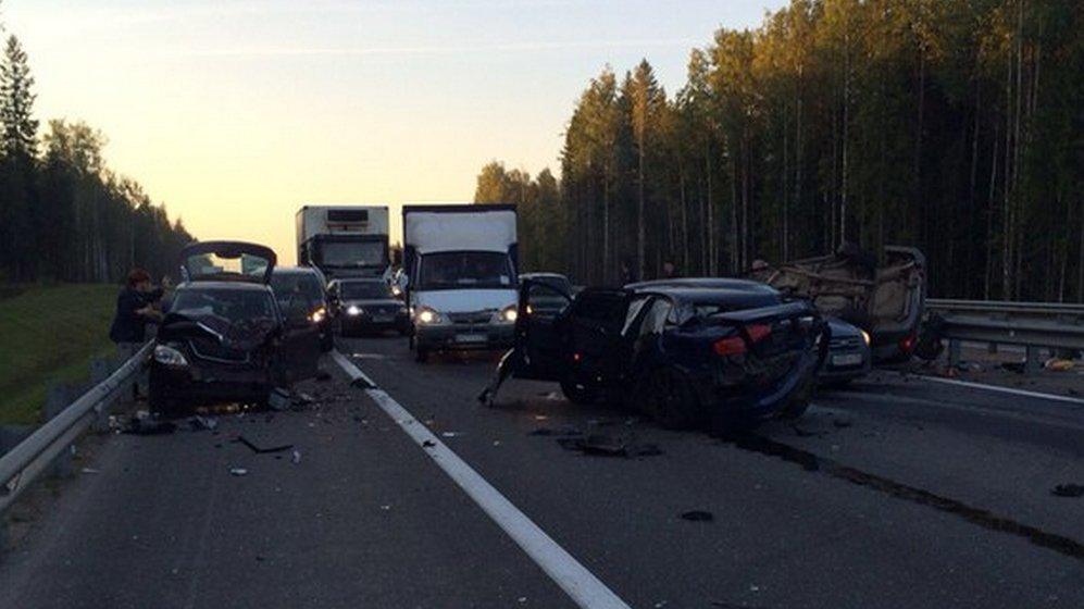 В результате двух ДТП на дорогах Республики два человека погибли и шестеро пострадали