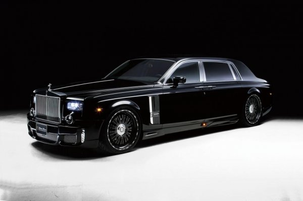 Новый седан Rolls-Royce Phantom появится в 2016 году