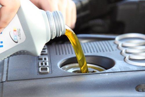 Причины, по которым увеличивается расход масла в двигателе