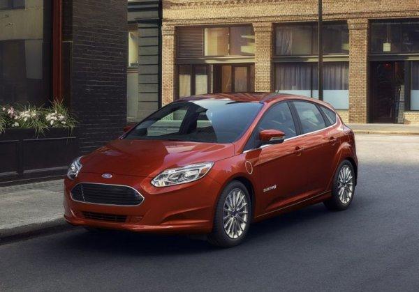 Электрокар Ford Focus 2017 представят на автомобильном салоне вЛос-Анджелесе