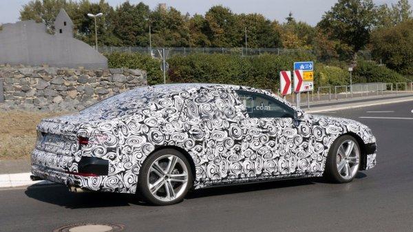 Прототип нового поколения Audi S8 сфотографирован фотошпионами