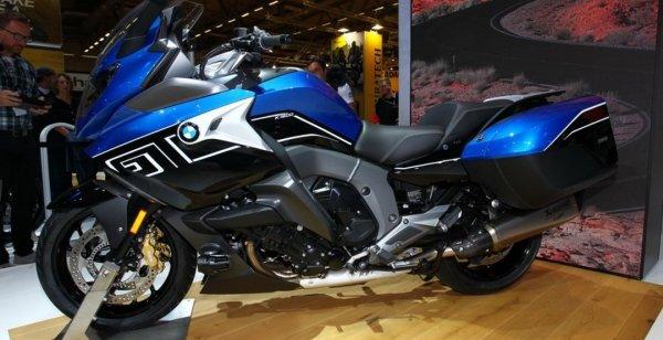 BMW представила обновленный мотоцикл K1600GT 2017