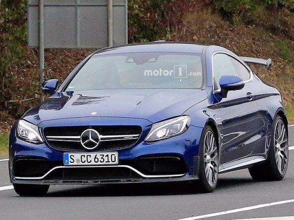 Mercedes-AMG C 63 R попал в камеры фотошпионов