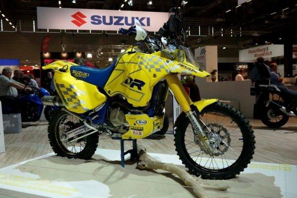 На выставке в Кельне представили Suzuki DR-Z Dakar Rally