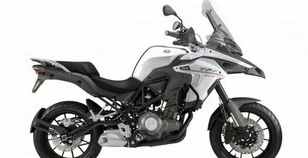 Benelli выведет на рынок бюджетный мотоцикл TRK 502