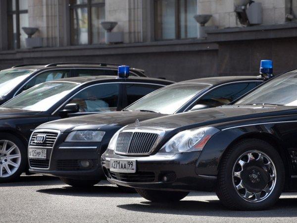 В Госдуме РФ ограничили использование служебных машин
