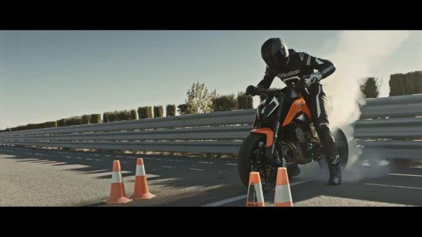 Австрийцы показали новый тизер байка KTM 790 Duke 2017