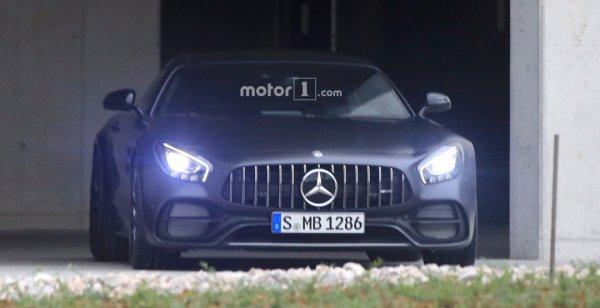 Фотошпионы засняли Mercedes-AMG GT C Edition 50 без камуфляжа