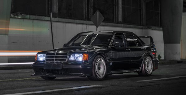 Mercedes-Benz 190E Evolution II продадут с молотка за $200 000
