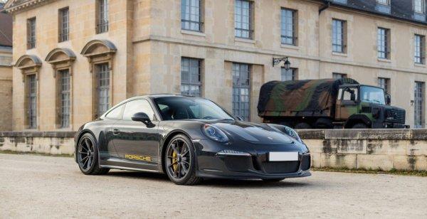 Торговый дом не смог оценить уникальный Porsche 911 R