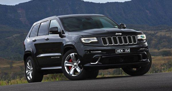 Компания Jeep приостановила производство модели Grand Wagoneer