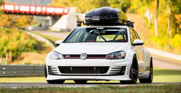 Ателье Rocket Bunny создали обвес для Volkswagen Golf GTI RS