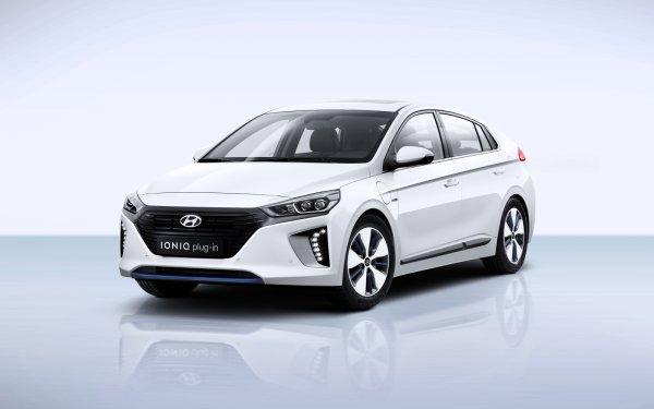 Hyundai интегрировал голосовое управление Blue Link в продукцию