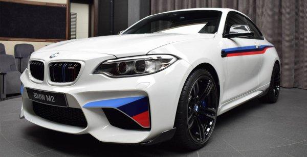 BMW M2 наделили пакетом M Performance