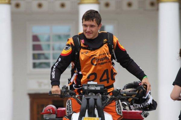 Карякин занял первое место в квалификации квадроциклов