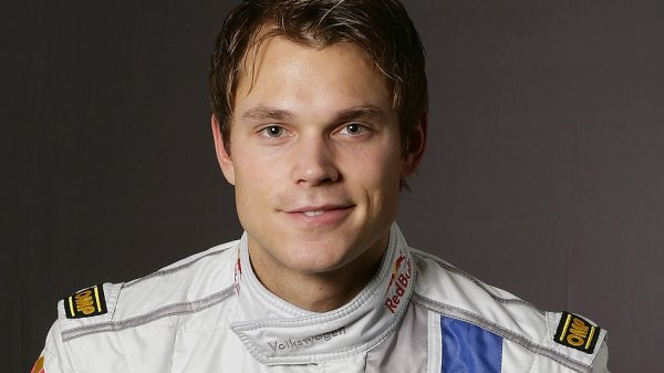 Андреас Миккельсен не смог получить болид для Ралли Швеции