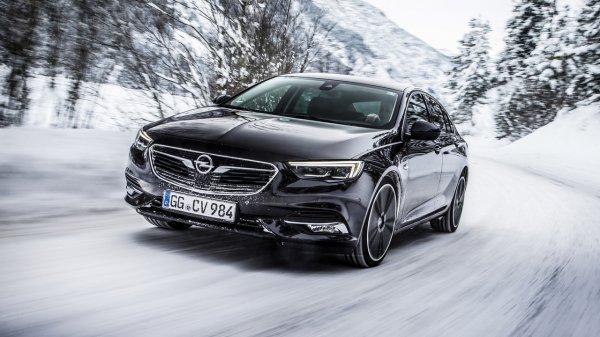 Opel Insignia Grand Sport получил полноприводную систему