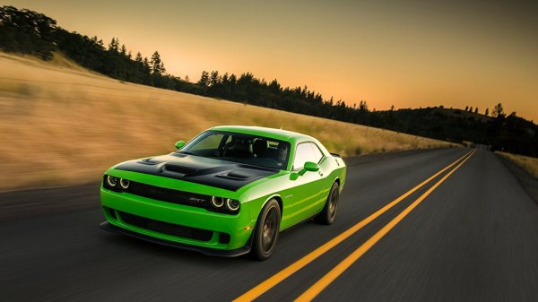 Компания Dodge возродит модель Challenger Demon