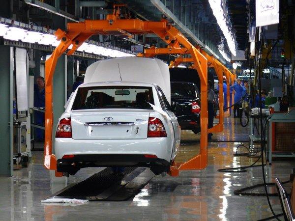 «АвтоВАЗ» по итогам 2016 года занял первое место по продажам в России