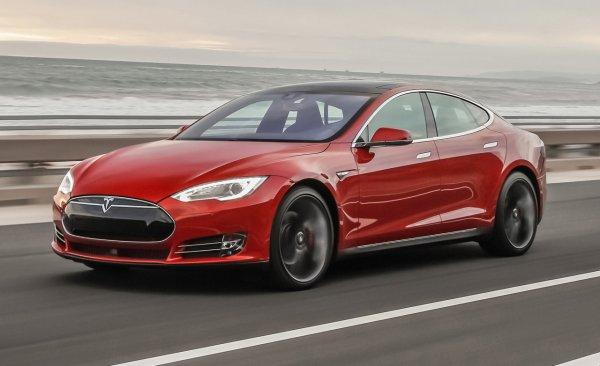 Tesla спрятала «пасхалку» в обновлении софта для мощных электрокаров