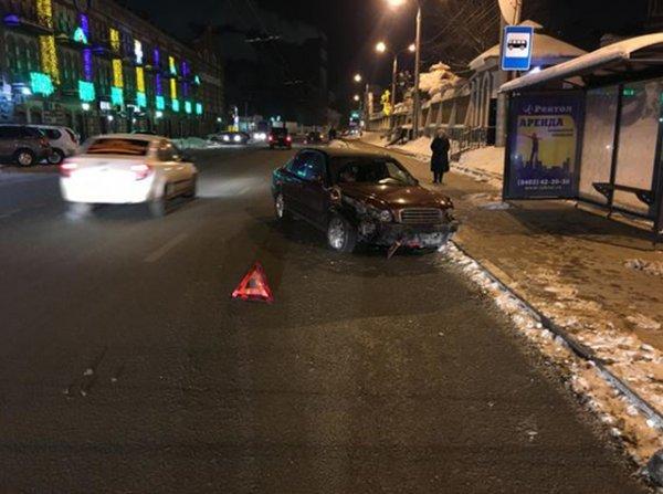 В Самаре произошло ДТП с двумя машинами, пострадали три ребёнка