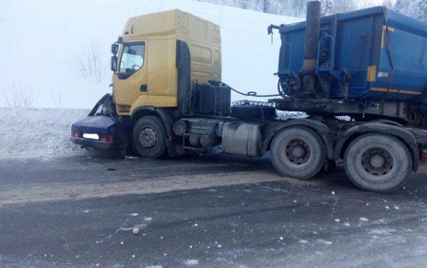 В Пермской области в ДТП погиб водитель ВАЗа