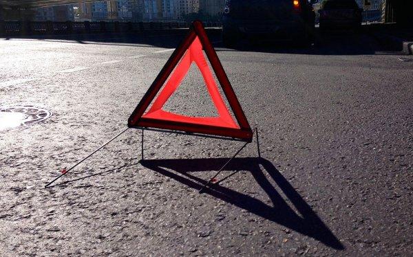 В Нижегородской области автомобиль сбил женщину с детской коляской