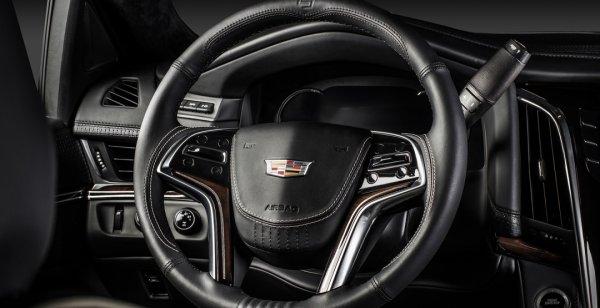 Cadillac Escalade 2016 получил роскошный салон от тюнеров Carlex Design