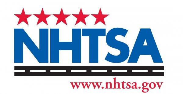 NHTSA признала мобильные гаджеты причиной увеличения ДТП на дорогах США
