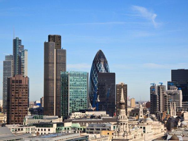 В Лондоне запретят стоянку с работающим двигателем