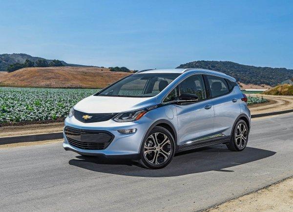 Американец пожаловался на «оживший» электрокар Chevrolet Bolt
