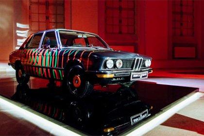 BMW 5-Series в кузове Е12 вернули к жизни в новом красочном образе