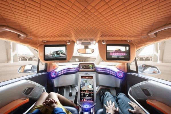 Более половины россиян готовы пересесть на беспилотные автомобили