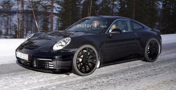Porsche 911 2019 года был замечен с задними фарами от Mission E