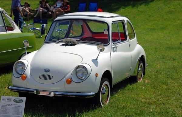 На аукцион выставлена коллекция из 700 послевоенных автомобилей