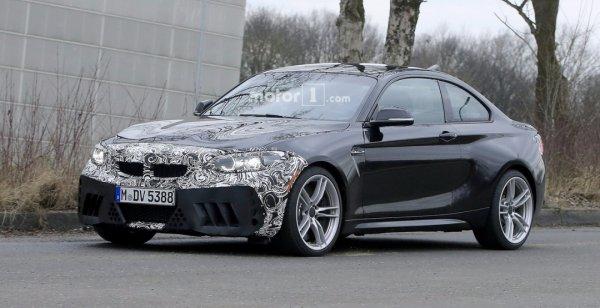 BMW проводит дорожные тесты обновленного купе M2