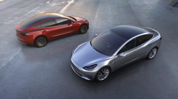 Tesla Model 3 не будет оснащена батареей в 100 кВт/ч
