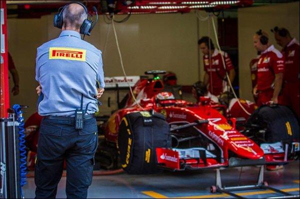 Себастьян Феттель разбил машину на дождевых тестах шин Pirelli