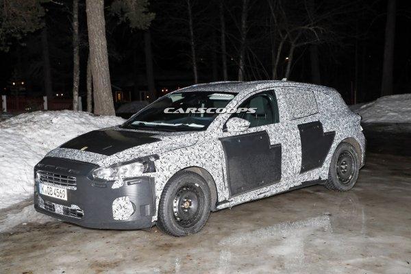 Обновленный Ford Focus «засветился» в серийном кузове