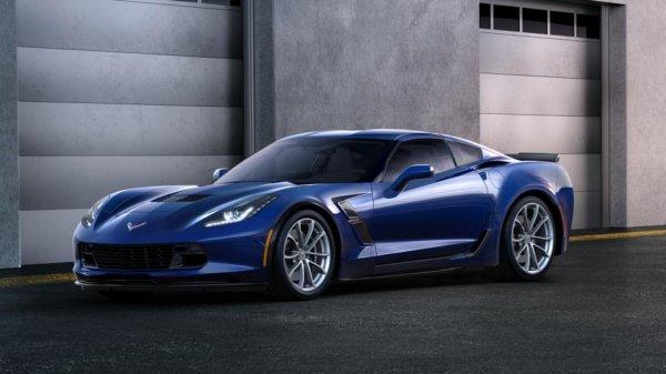 В России появился в продаже новый Corvette Grand Sport
