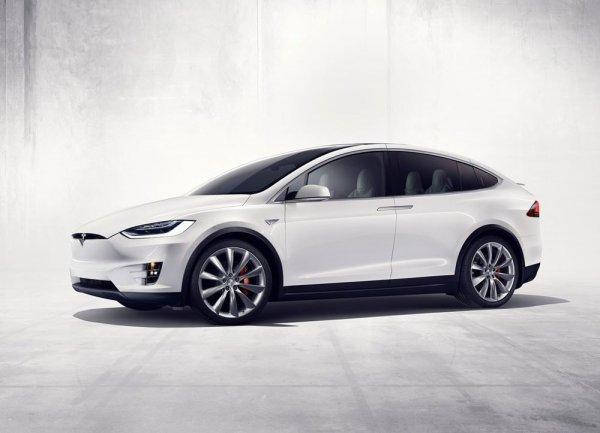 Представлен новый электрокар: Обзор Tesla Model X 2017