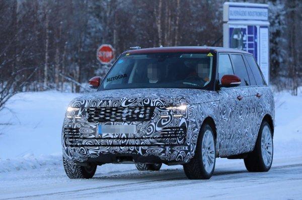 Гибридный внедорожник от Range Rover попал в объективы фотошпионов