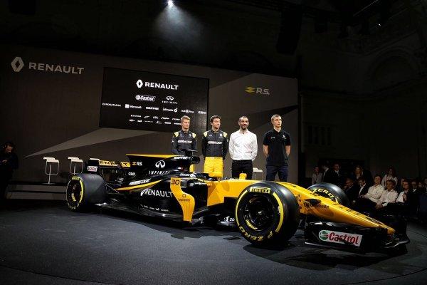 Команда Renault официально представила новый автомобиль R.S.17