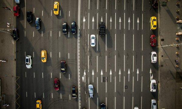 На крупнейших магистралях Москвы появится новая разметка
