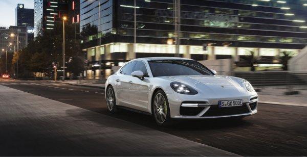 Porsche презентовал мощный гибрид Panamera Turbo S E-Hybrid