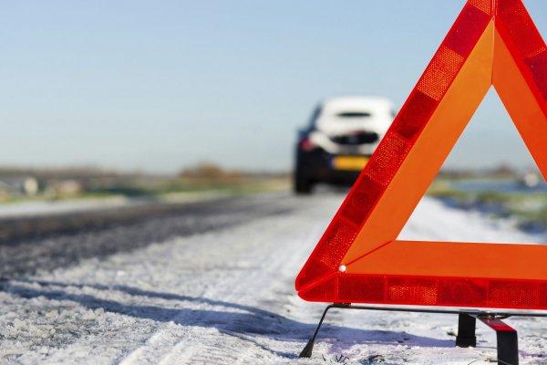 Водитель умер за рулём и протаранил несколько машин в Москве