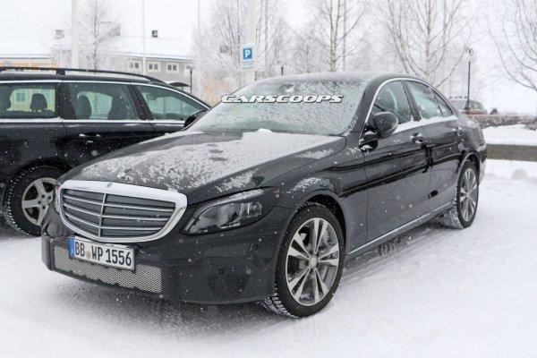 Появились свежие шпионские фото обновленного Mercedes-Benz C-Class