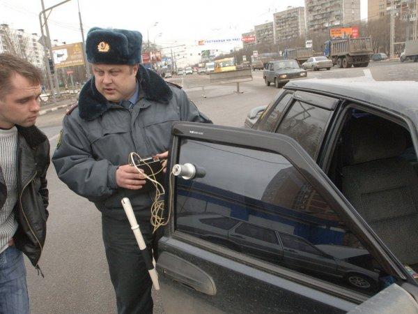 В Саратове выявили более 800 нарушений правил тонировки авто