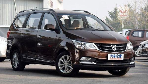 Стоимость минивэна Baojun 730 от GM и SAIC упала на 870 долларов